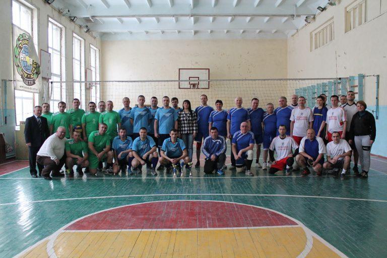 Команда представників Ямницької ОТГ взяла участь у спортивних змагання серед державних службовців