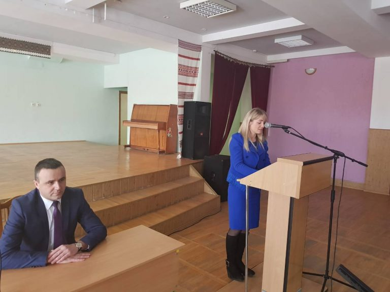 В Ямницькій сільській раді об'єднаної територіальної громади урочисто представлено начальника відділу культури, молоді та спорту